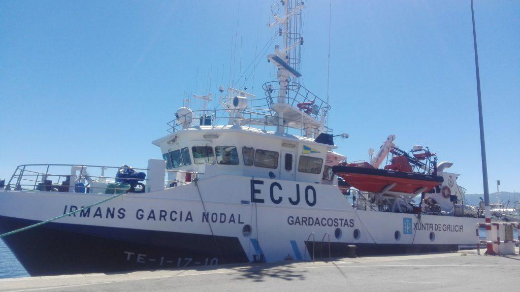 Vigilancia pesquera: Embarcación Servicio Gardacostas