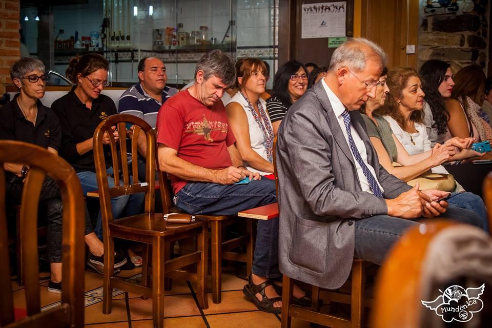 Parte del público asistente a la presentación de nuestra pescadería online. Foto: MUNDONICA