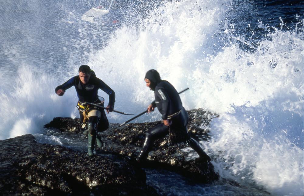 Percebeiros en la Isla de Ons (foto agarazo)